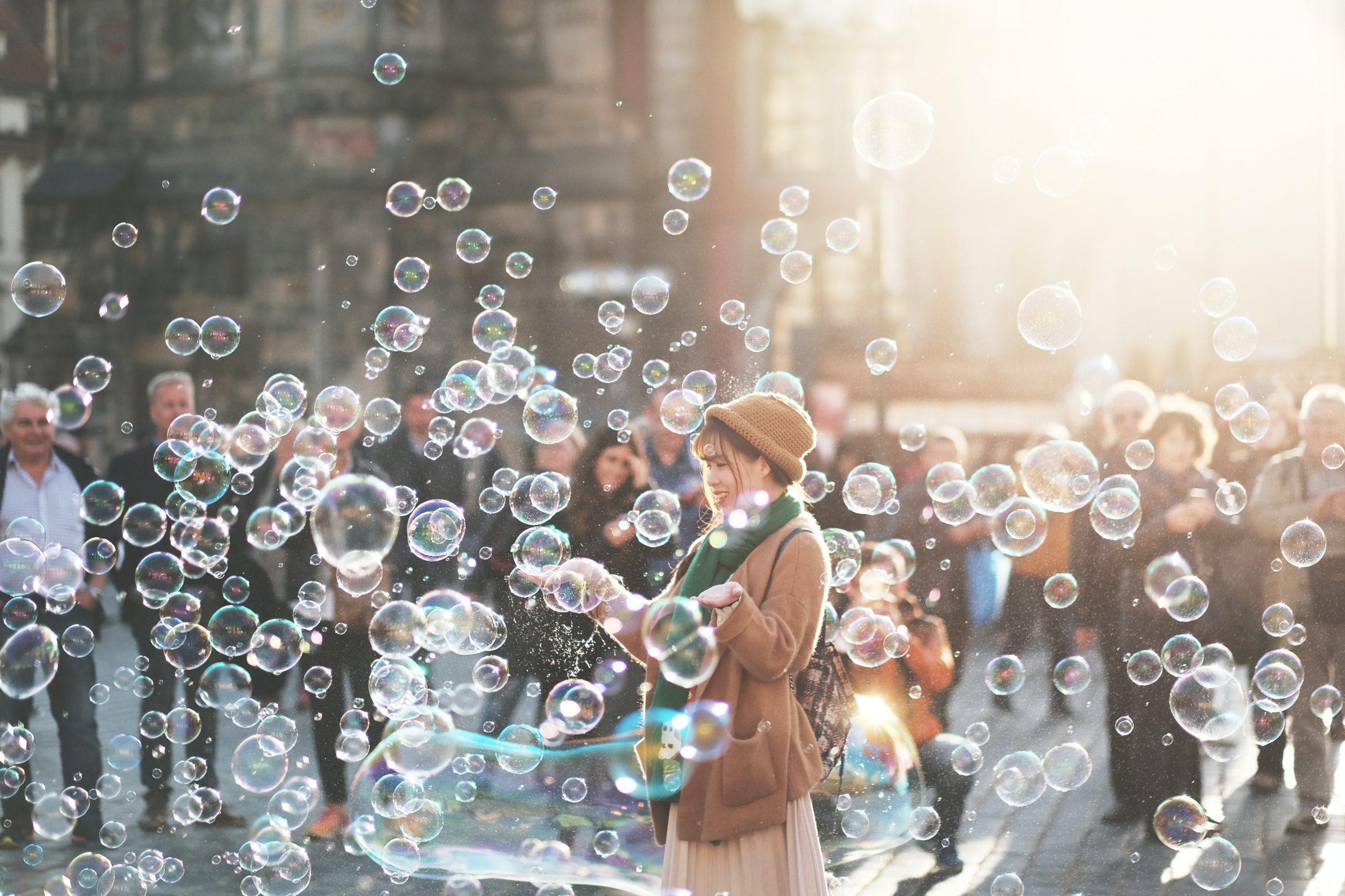 meditazione per osservare i pensieri come bolle