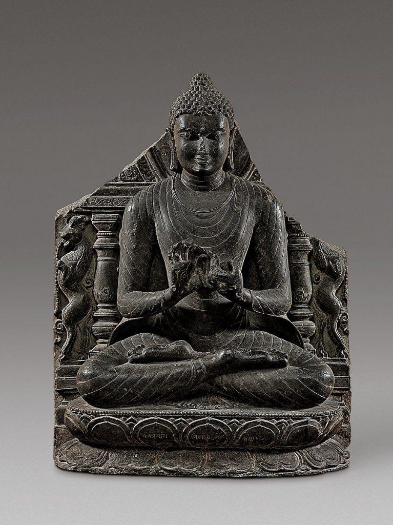 Il Buddha predica il primo sermone a Sarnath, il Dhammacakkappavattana