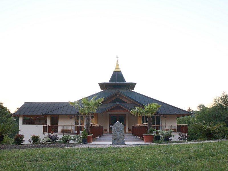 Tempio del monastero Santacittarama