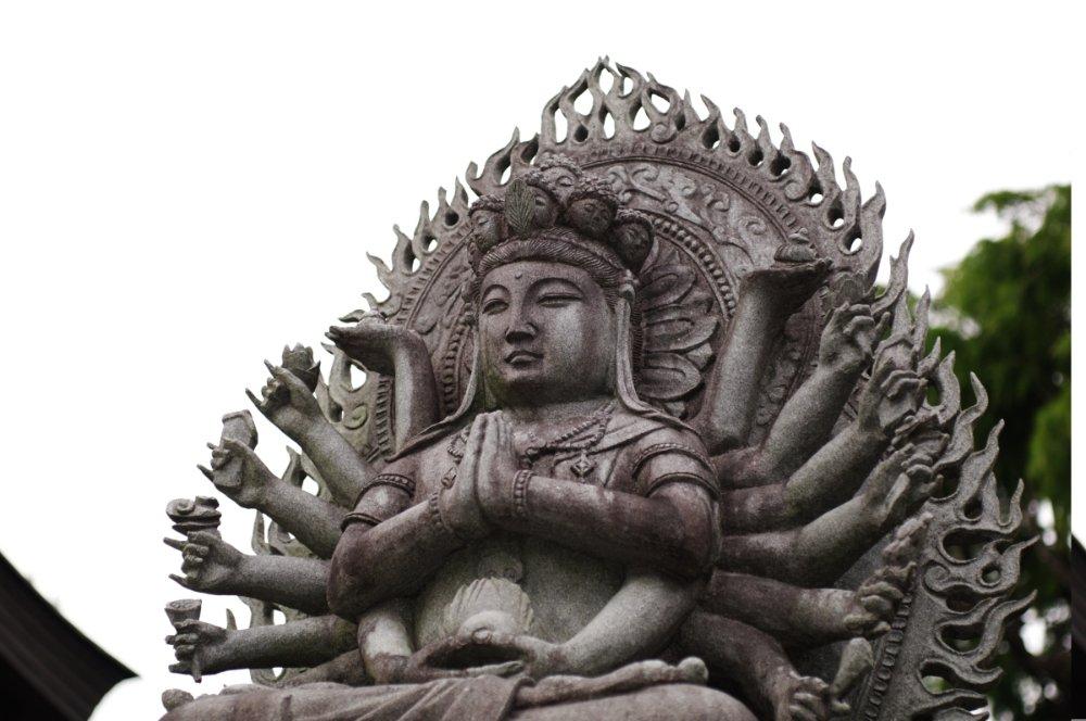 Avalokiteshvara: retto ascolto